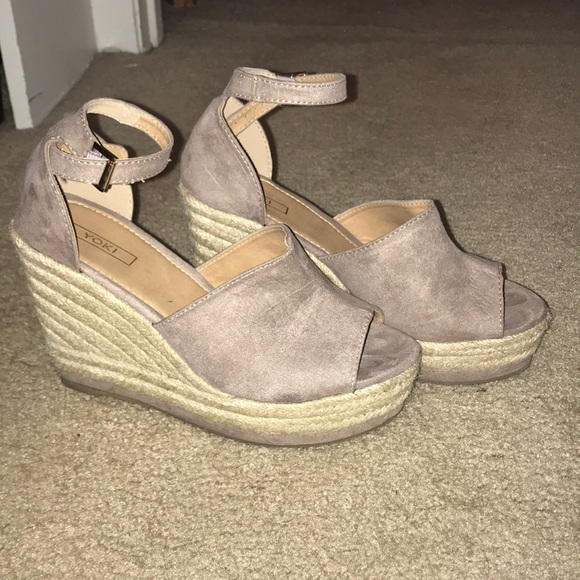 922310e3344 Taupe espadrille wedges